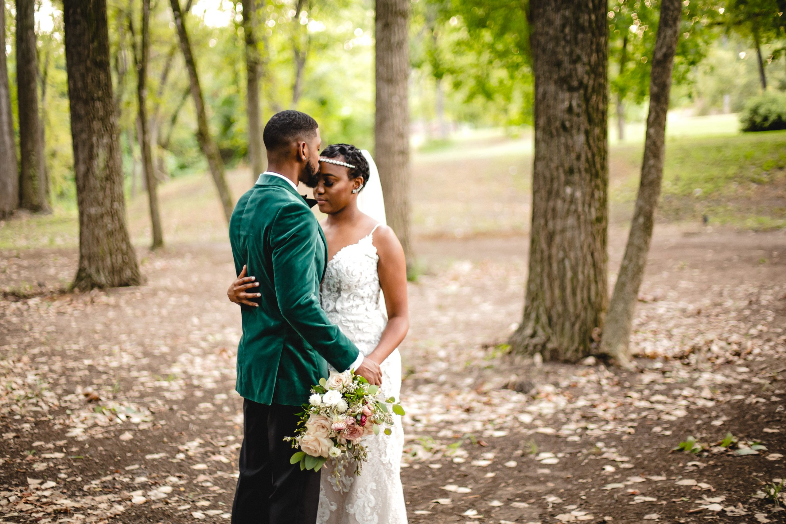 Hidden-waters-waxahachie-wedding-venue-photographer-dallas-fort-wr